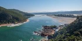 Knysna accommodation, Elephant Hide Knysna, family holidays Knysna, luxury lodges Knysna, knysna lagoon